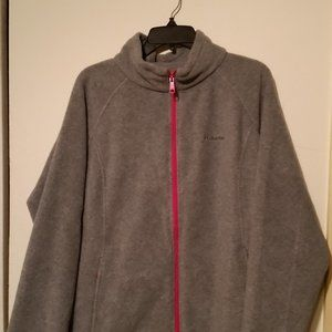 Colombia long sleeve zip up fleece with 2 pockets